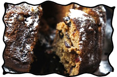 Rum cake with dried cherries